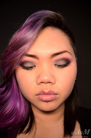 Taupe burgundy smokey eye http://withandreamarie.blogspot.com/2012/02/where-to-get-sleek-in-singapore-httpwww.html