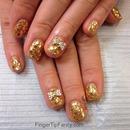 Gold hologram nails