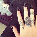 Love thses black acrylics