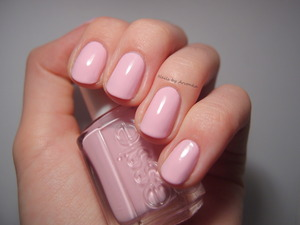 http://arvonka-nails.blogspot.sk/2014/01/prasiatko-pre-stastie.html