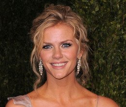 Oscar Makeup 2011: Brooklyn Decker