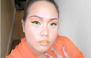 I'm never good at discribing things. With this look I was try to capturing the flame of the burning sun.. by using my favorite colour orange and yellow .. can you feel the heat?
