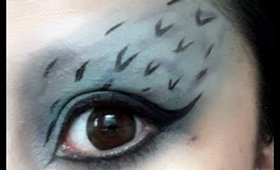 Easy Peacock-Inspired Halloween Look