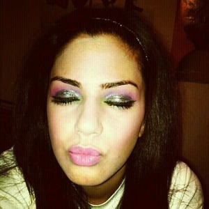 Nicki Minaj Halloween makeup for my costume.