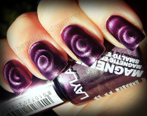 http://www.thepolishedmommy.com/2013/01/purple-galaxy.html#