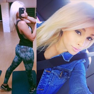 Platinum blonde💙✨  IG: @Miss.Cali.V✨💛💙✨