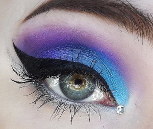 Products not listed: Medusa's Makeup 'Stick It!' Eyeshadow Primer. Medusa's Makeup Eye Dust in Purple Rain, Planet Earth, and Silverado