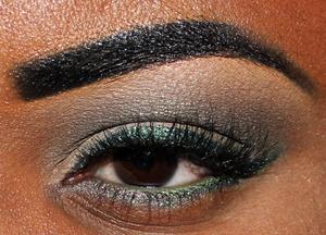 *PearlGlide Intense Eye Liner in Undercurrent by MAC.