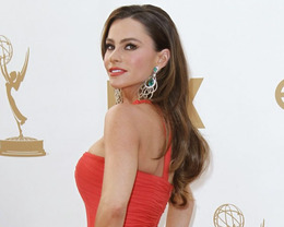 Sofia Vergara Hair, Emmy Awards 2011