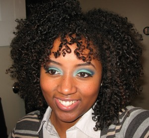 http://shamiamglam.com/2012/03/06/fotd-rolling-in-the-deep/