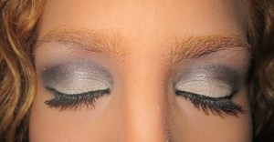 """bare minerals """"the glamorous life"""" shadows"""