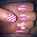 Pretty stripe nails