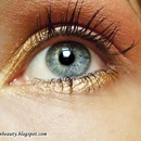 Gold and pink make up