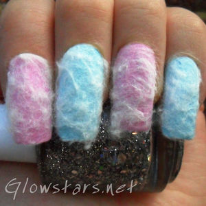 To find out more about this candy floss mani please visit http://glowstars.net/lacquer-obsession/2012/08/candy-floss
