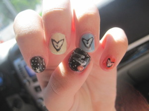 my star trek nails .. <3 <3<3<3<3<3<3<3<3 i love them