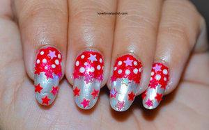 Detail Tutorial http://lovefornailpolish.com/diy-nail-art-for-christmas-easy-q-tip-nail-art