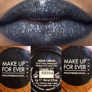 #Black #lipcolor #makeup #lips #makeupbyme #makeupdiva711 #makeupforever #aquacream #silverglitter #starrynights