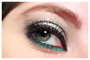 Nyx silver glitter with pop of teal
