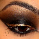 Black Smokey Eye with Gold Liner