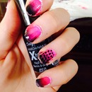 Black and pink ombre dot nails