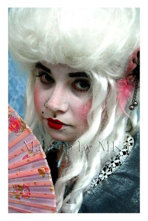 Elizabethan Makeup