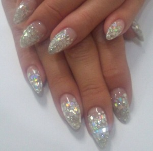 Loose glitter with gel