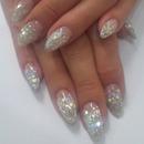 Gel glitter manicure