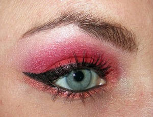 Using some eye shadows from Evil Shades Zombie Collection.