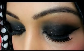 Eid ul fitr makeup look: Bold black smokey eyes ♥
