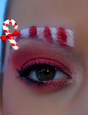 more:http://xoxopatty.blogspot.sk/2012/12/christmas-make-up-series-candy-cane-look.html