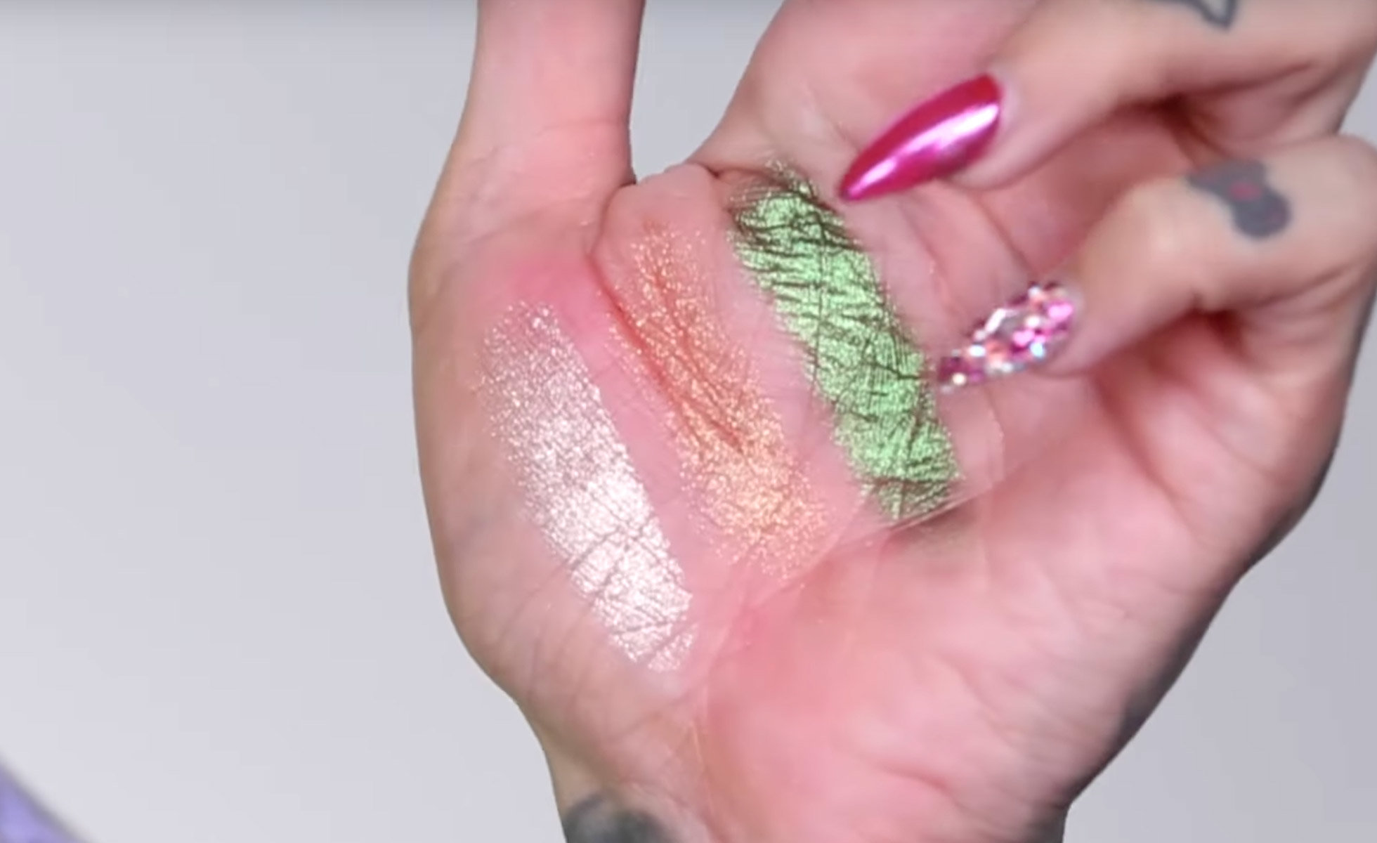 Photo: Swatches of new Supreme Frost shades | youtube.com/user/jeffreestar