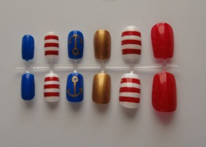 Buy them here: https://www.etsy.com/listing/106309580/simple-nautical-nail-set