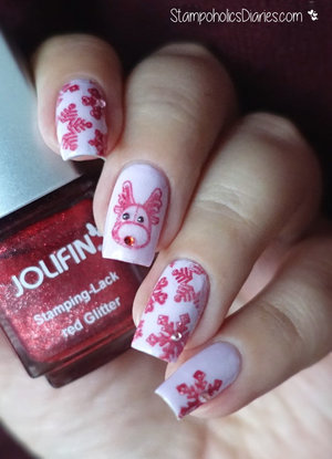 http://stampoholicsdiaries.com/2015/12/21/reindeer-nails-with-p2-jolifin-cici-sisi-and-bundle-monster/