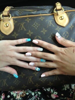 Mines the Tiffany blue hers is the pink! If you live in Toronto and live in Markham go to luv'in nails!