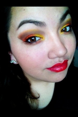 """Using Urban Decay """"faint"""" and Sugarpill """"Flamepoint"""" and """"Buttercupcake"""""""