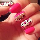 Leopard print nails :)