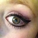 Light purple smokey eye
