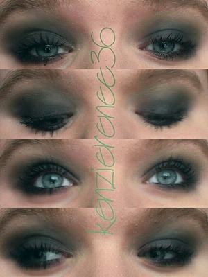 Emerald based smokey eye...