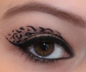 Leopard inspired smokey eye :)
