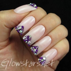 Read the blog post at http://glowstars.net/lacquer-obsession/2015/01/rhinestone-chevron-tips/