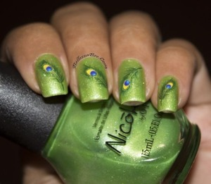 http://www.bellezzabee.com/2013/06/summer-green-peacock-feathers-nail.html