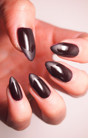 http://www.drinkcitra.com/2014/04/matte-gloss-nails-twinsie-tuesday.html