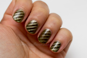 http://www.cosmeticsaficionado.com/2012/02/china-glaze-magnetix-collection-part-2.html