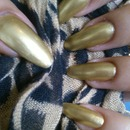 gold stiletto nails