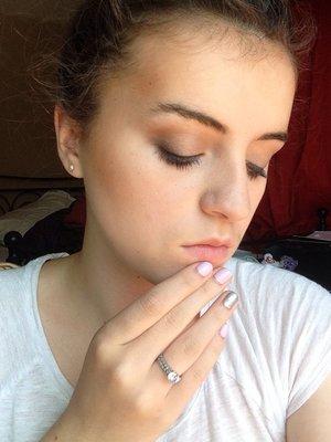Makeup.. Concealer (light) Creme-to-powder foundation (ivory2/ivoire2) Mineral powder foundation (ivory2/ivoire2) E.l.f eyeshadows (drown/black/white) Nails.. Revlon ( 180 lilac pastelle and 918 silver screen)  Lips.. None