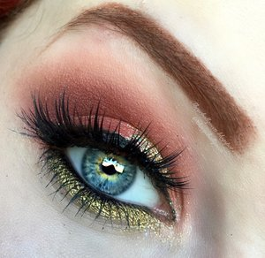 """A more mellow, and subtle version of my late June tutorial """"Vibrant Glittery Orange & Yellow Smokey Eye""""! While this leans MORE glittery and apricot in tone, it encompasses the same vibrant structure of yellow-orange hues. Hope you beauties enjoy xoxox, stay tuned for Monday, new YT video airing! http://theyeballqueen.blogspot.com/2016/07/summery-gold-and-apricot-smokey-eye.html"""