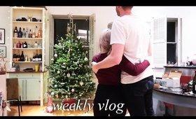 Christmas Tree & Blackmailing myself  | Weekly Vlog #126