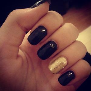 Gold&Black! Instagram @anns_7