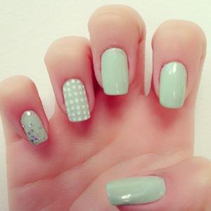 Baby Green Nails