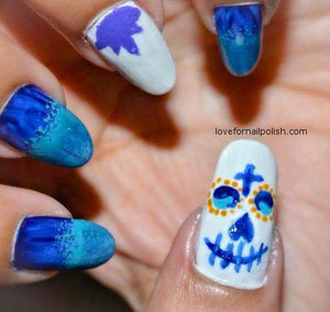 Detail Tutorial http://lovefornailpolish.com/cute-easy-halloween-nail-design-sugar-skull-nail-art